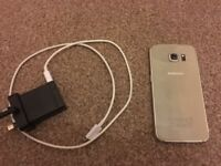 Samsung Galaxy S6 32 gb gold UNLOCKED Fully working condition