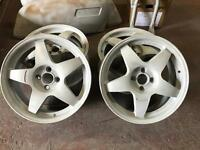 "Compomotive MO5 17"" alloy wheel. Powder coated in a colour of your choice"
