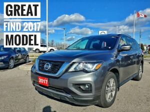 2017 Nissan Pathfinder SV 4x4 Heated Seats  FREE Delivery