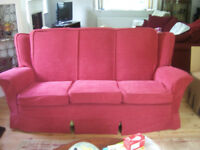 Red loose covers for a 3 piece suite. A 3 seater settee and 2 armchairs. In excellent condition.