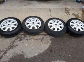 Mini cooper one alloys 15 inch very good tyres