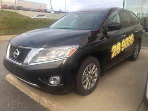 2016 Nissan PATHFINDER NEUF  ***98$ / SEMAINE TX INCLUSES****