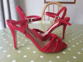 Beautiful Marks & Spencer Ladies Red Strappy Sandals Size 6 - collection from Gosport Hampshire