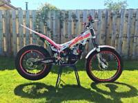 Beta Evo 300 2t 2016 MINT!! Trials bike not Sherco gasgas Montesa