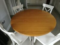 Marks and Spencer Extending Dining Table (Round)