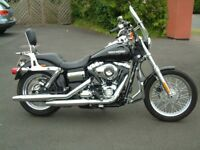 2014. HARLEY DAVIDSON SUPERGLIDE CUSTOM FXDC 13. 1585cc. 1901 MILES ONLY £9600 OVNO