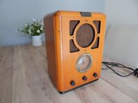 RARE VINTAGE 1934 DESIGN BUSH R701/A WOODEN TABLE TOP RETRO RADIO IN FULL WORKING ORDER