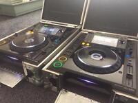 2x Pioneer CDJ 2000 (inc. Swanflight cases)