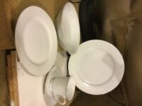 White dinner service filigree pattern