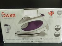 SWAN- NEW DUAL VOLTAGE TRAVEL IRON