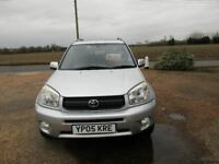 Toyota RAV4 *42400 miles* 5 door* Silver* 2 owners from new*