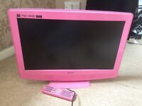 22inch TV/DVD combo with freeview