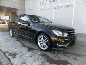 2014 Mercedes-Benz C-Class C300 4Matic, Toit, Ensemble sport, LE