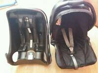 Graco junior carseat and base
