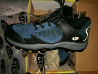 Steel toe boots size 9 new