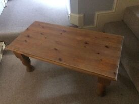 Coffee Table great condition!