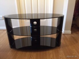 Immaculate tv unit for a tv up to 42""