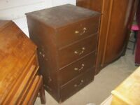 VINTAGE STURDY & SOLID UPRIGHT CHEST OF 4 DRAWERS. VERSATILE LOCATION USAGE. VIEWING/DELIVERY POSS