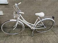 Vintage ladies Raleigh Caprice cycle
