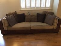 Fishpools sofa in excellent condition.