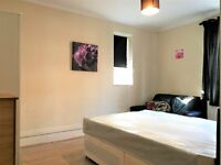 All Inclusive Double Room In CLAPHAM COMMON!