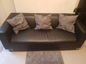 Couch Surf - Brixton/Clapham/ CHEAP £15 per night