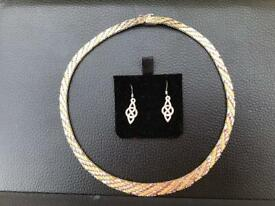 Choker and earrings