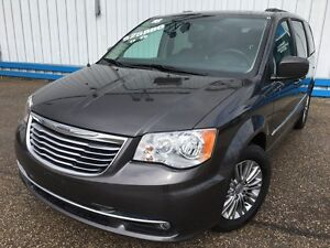 2016 Chrysler Town & Country Touring *LEATHER-HEATED SEATS*