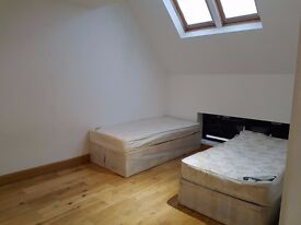 AMAZING FLAT! TWIN ROOM - AVAILABLE NOW! ALL INC