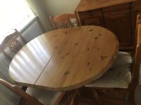 Pine extendable dining table and 4 matching chairs