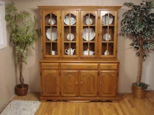 Beautiful Oak China Hutch