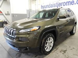 2014 Jeep Cherokee NORTH, 4X4, MAGS, A/C, HITCH, -1-2-3 CHANCES