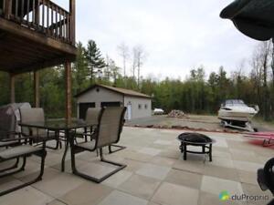 348 000$ - Bungalow à vendre à Val-Des-Monts (Perkins)