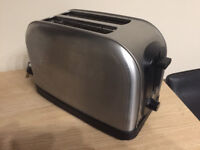 **TOASTER, 2 SLICE STAINLESS STEEL, EXCELLENT CONDITION**