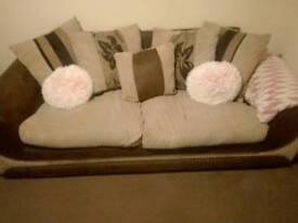 Sofa suits