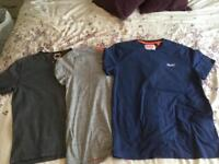 Four Superdry t-shirts in size 2XL