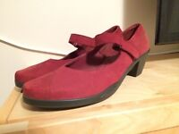New Red Hotter Suede Shoes - Size 8