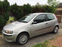 Fiat Punto 02 plate - Spares or repairs