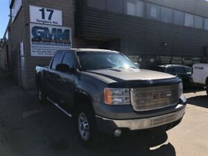 2014 GMC SIERRA 2500HD SLE Crew Cab Short Box 4X4 Gas