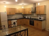 ALL BILLS INCLUSIVE, FREE WIFI,DOUBLE ROOM 2 MIN WALK DISTANCE FROM TUBE