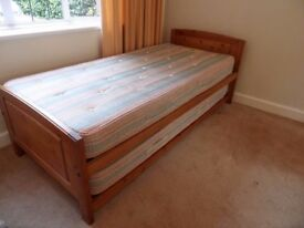 Single trundle bed NO MATTRESSES