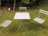 Table/3 chairs - metal folding set