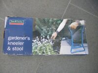 Town and Country Gardeners Kneeler and Stool
