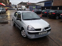 AUTOMATIC RENAULT CLIO 2004 5 DOOR. ONLY 47 K MILES. LONG MOT . SUPERB DRIVE . CHEAPEST IN UK