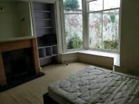 Double room for worker and student next to Avenham Park