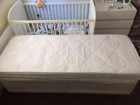 Single bed (divan) and mattress
