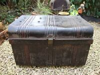 Chest/Trunk. Vintage Steam Steamer.