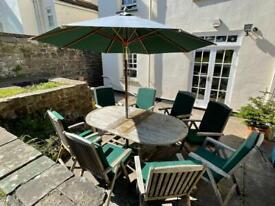 Lindsey UK Made Teak Garden table set with cushions