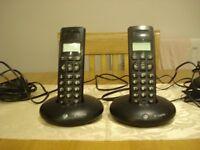 pair of bt phones