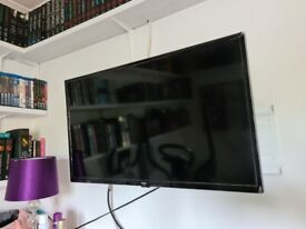 Bush 32 inch smart hd ready dled hdr freeview tv